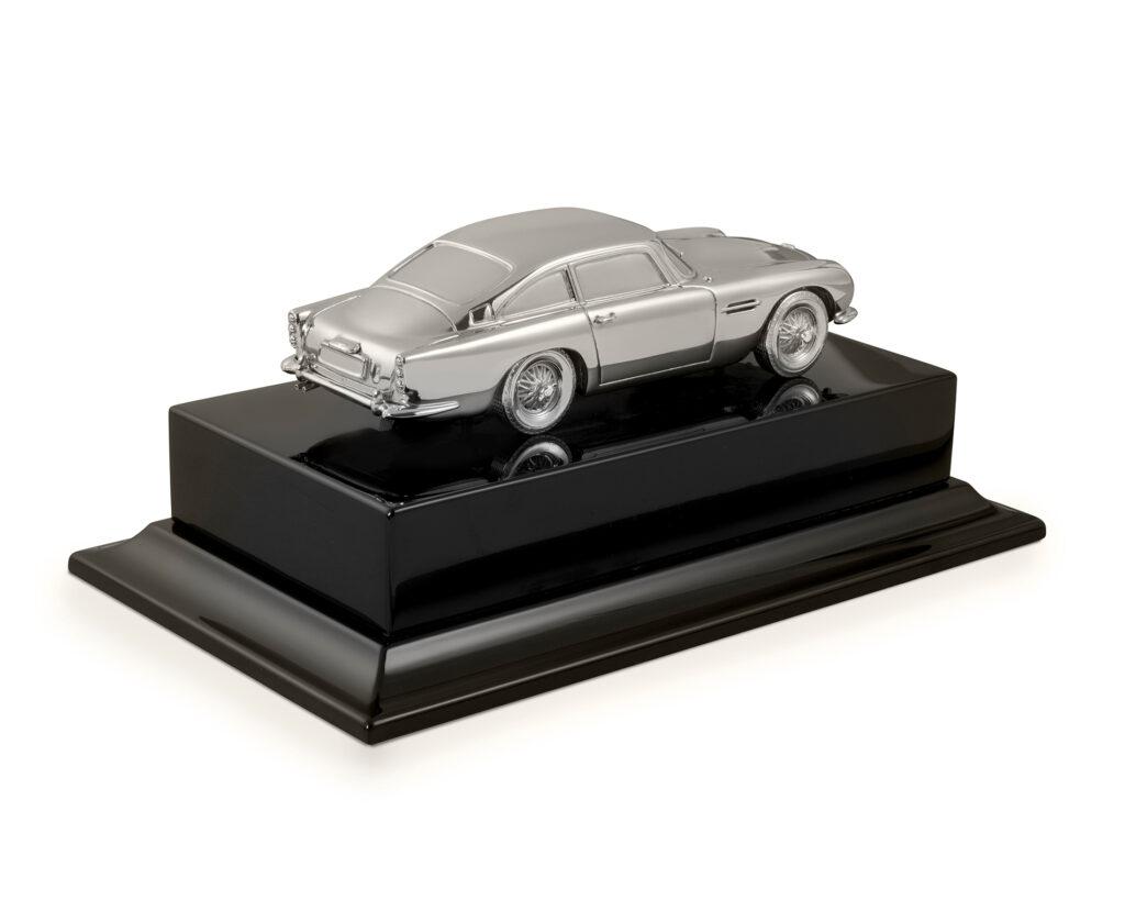 Aston Martin DB5 replica